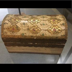 Other - Vintage Victorian wooden box with Lovely detail